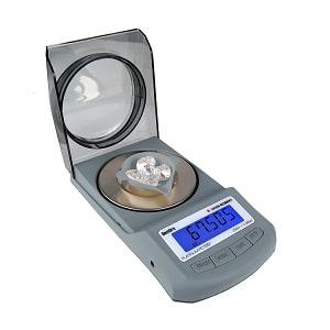 1-gemoro-platinum-pct251-carat-scale