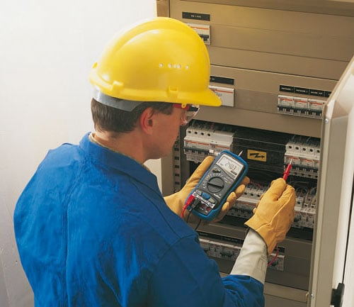 1.using a multimeter